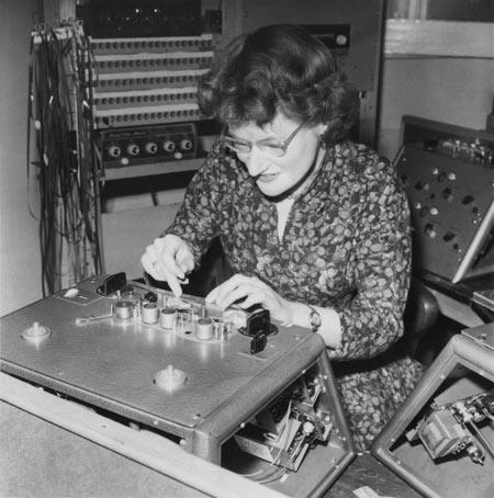 Daphne Oram splicing tape