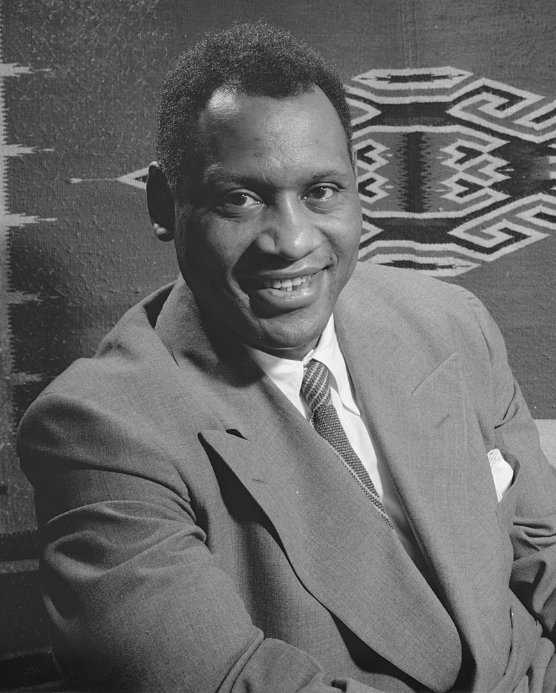Paul Robeson in 1942 (source Library of Congress)